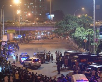 Suicide bombings at Jakarta bus station (Avenewz Magazine)